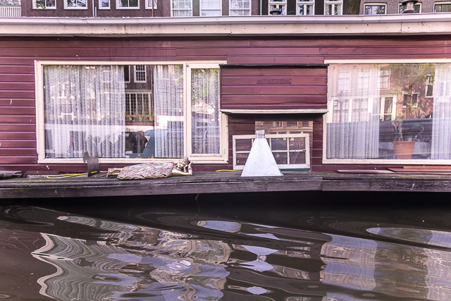 Some of the houseboats we passed had interesting displays.