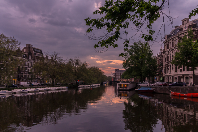 The view at sunset. The hotel is at the intersection of the Singelgracht and Leidsegracht canals.