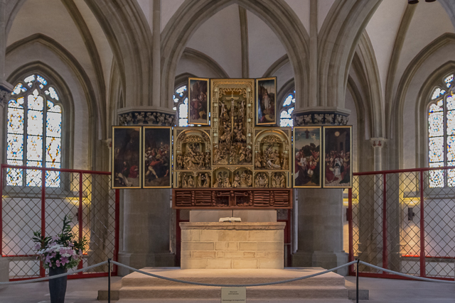 The winged altar was built in 1500.