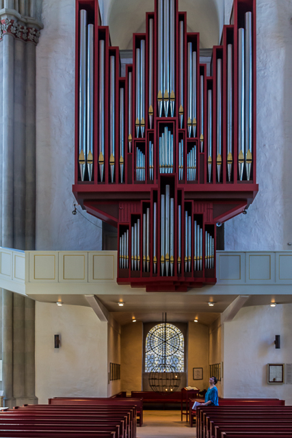 The Flintor organ was built in Zaandam, Netherlands and installed in 1992.