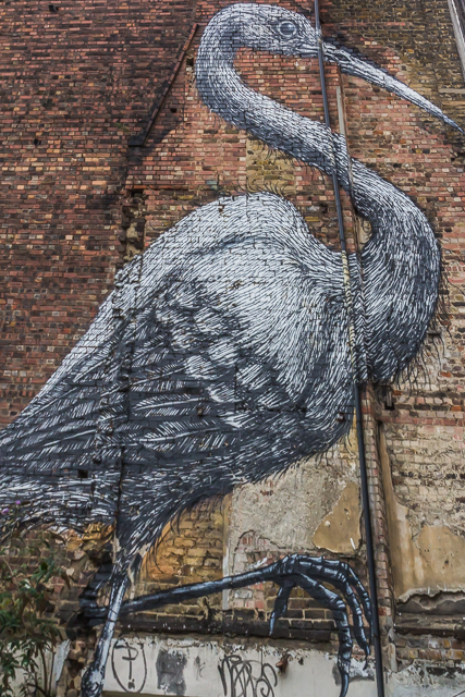 I first saw Roa's Heron on one of Emily Luxton's postings. I'm glad it's still there!
