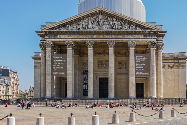 We passed by the Pantheon on our Hemingway walk a couple of weeks after our first visit.