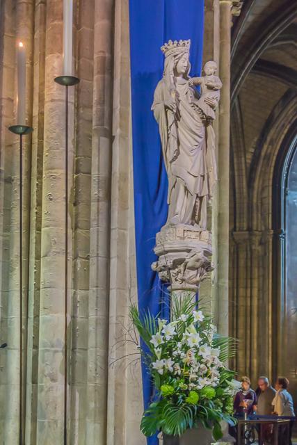 Our Lady of Paris (14th century).
