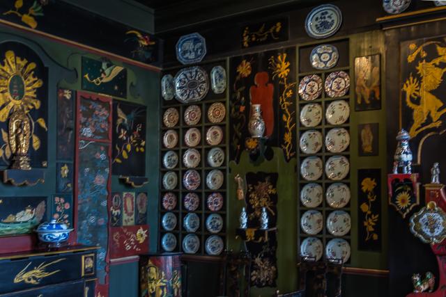 The Oriental Room in Maison de Victor Hugo.