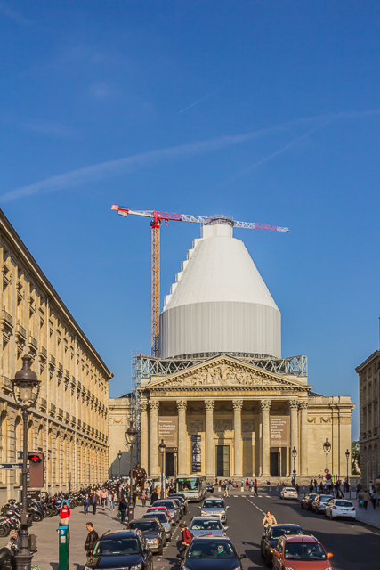 The Pantheon from our sightseeing bus at the intersection of Rue Soufflot and Boulevard Saint-Michel.