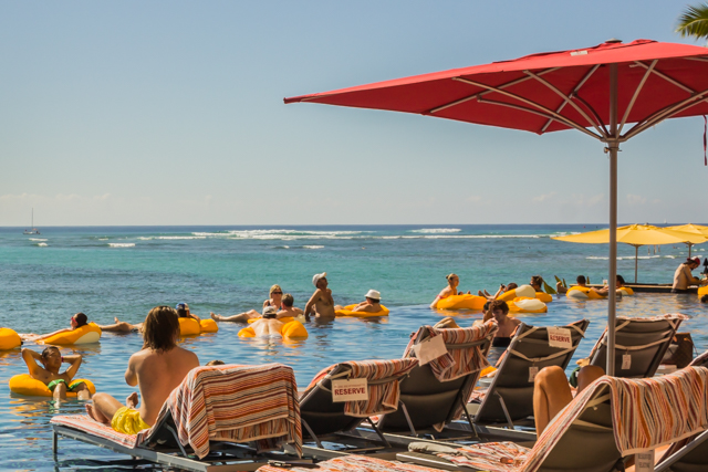 The Infinity Pool at the Sheraton Waikiki seems to go right into the ocean . . .