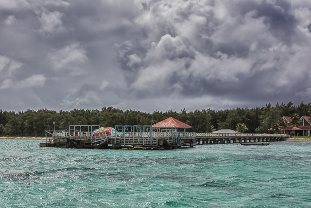 Coming up to the pier at Cocos Island Resort.