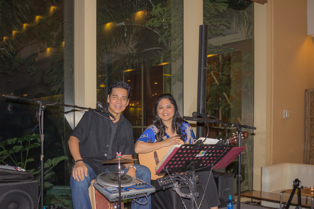 Jesse and Ruby at the  Bambu Bar in the Outrigger Resort's lobby.