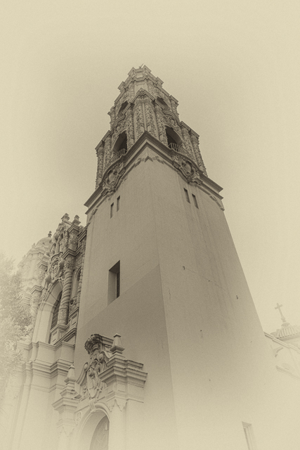 The parish church next door to Mission Dolores was built in 1918 and is  known as Mission Dolores Basilica.