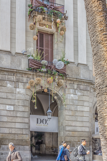 Hotel Do is a luxury hotel in the Placa Reial.
