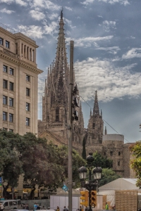 A glimpse of the Barcelona Cathedral on the drive up Via Lx.