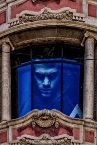 Scary character stares out of El Cortes Inglis window on corner of Portal of Angels and Carrer d la Santa Anna. Could this be one of Zafon's nefarious characters?