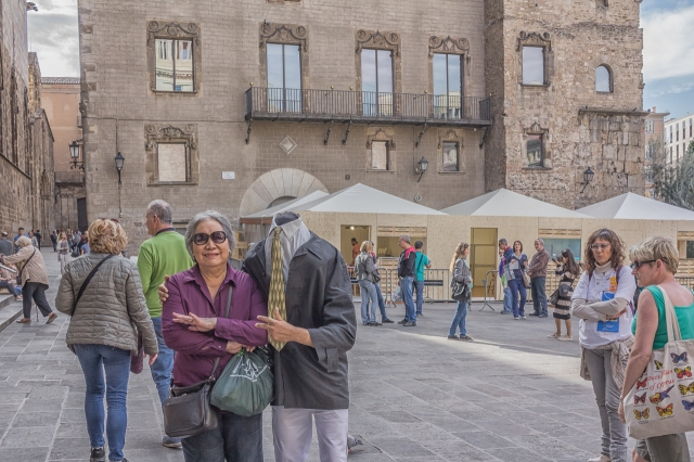 My wife and her headless friend in front of the Cathedral. This street performer was pestering the tourists much to the consternation of the lady on the right.