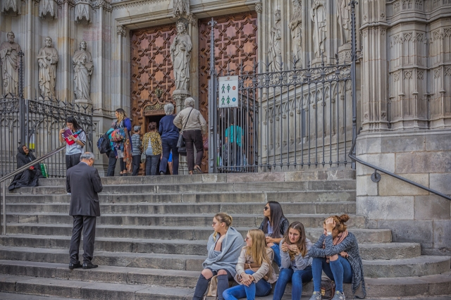 The front steps of Barcelona Cathedral.