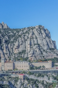 This shot captures the two ways of getting to Montserrat: either the Cremeleria Funicular (green train at lower right) or the xx (yellow cable car at lower center).
