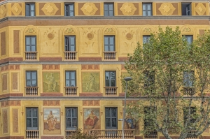 The original 1864 facade of the Eixample Hotel on Carrer de Roger de Lluria.