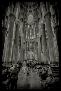 La Sagrada Familia in monochrome.