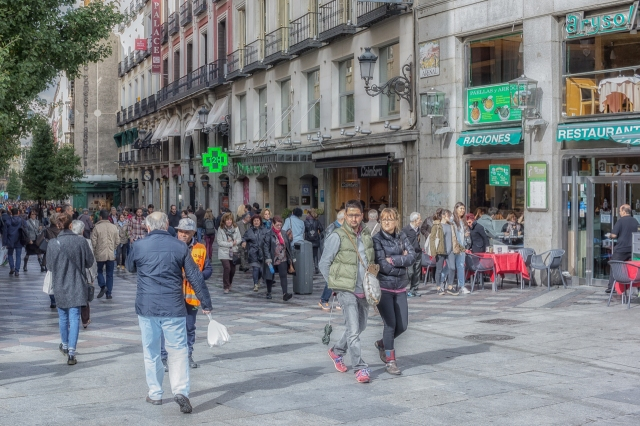 Calle de x is one of ten Puerta del Sol spokes. This street is one five that head in a northerly direction toward Gran Via.