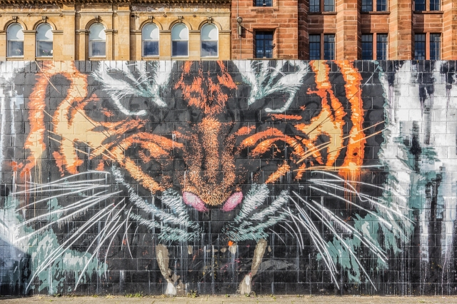 I found this tiger on the ClydeWalk not too far from our hotel on Stockwell Street.